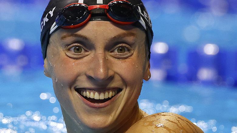 Kate Ledecky swimming