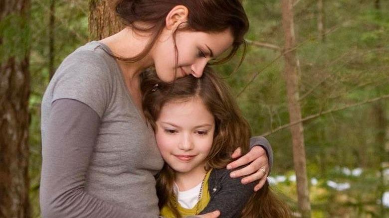 Mackenzie Foy as Kristen Stewart's daughter in Twilight