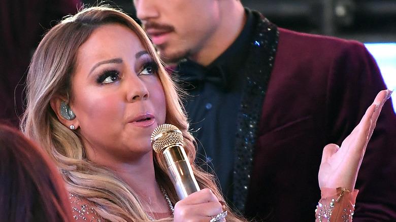 Mariah Carey live performance