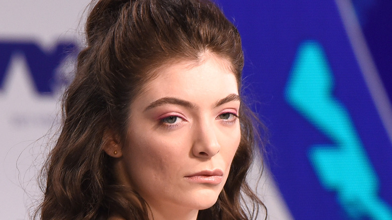 Lorde zoning out
