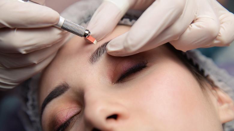 Woman has eyebrow microshading