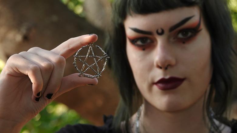 metal pentagram