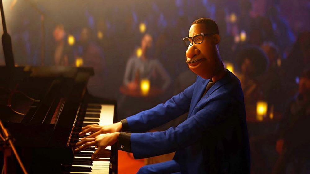 Joe Gardner playing the piano