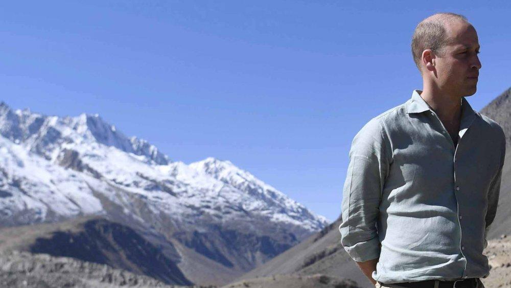 Prince William in front of a glacier