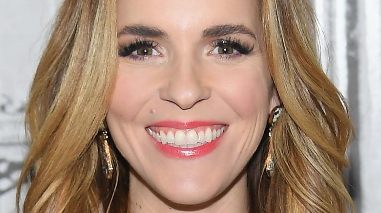 Rachel Hollis smiling