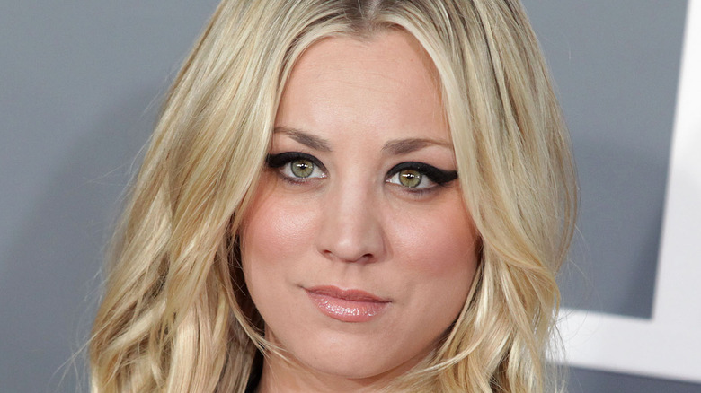 Kaley Cuoco attending an event