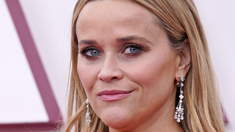 Reese Witherspoon at the 2021 Oscars