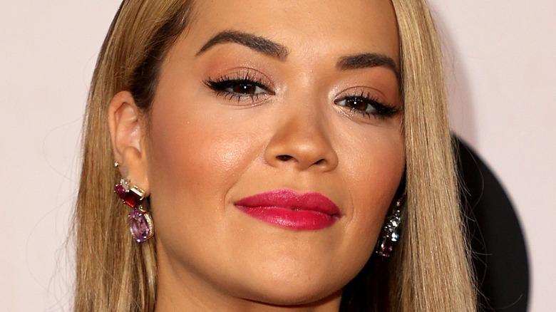 Rita Ora pink lip