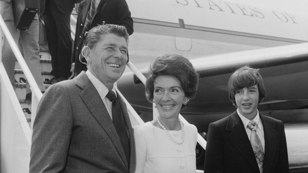 Ronald Reagan, Nancy, and Ronald Jr.