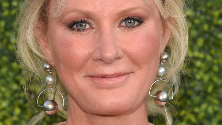 Sandra Lee with hair in updo