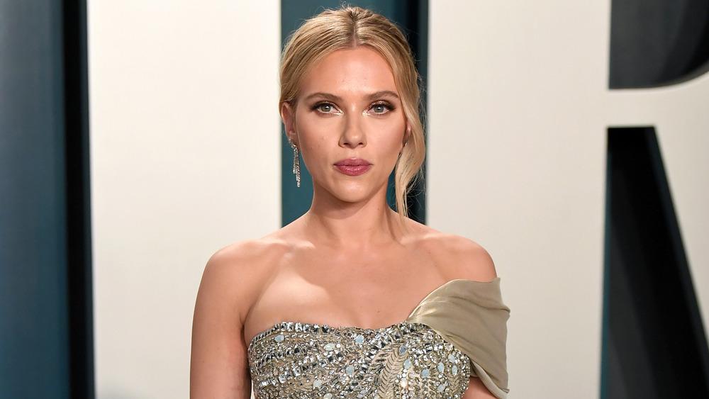 Scarlett Johansson in gold at event