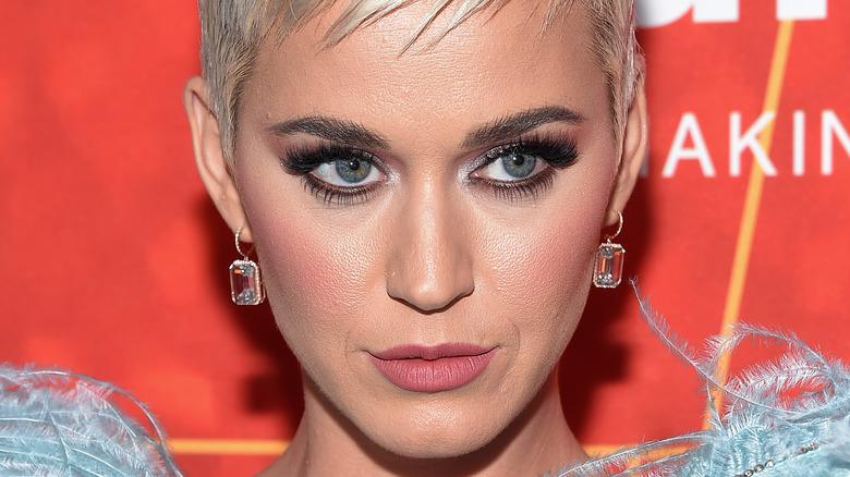 Katy Perry smizing