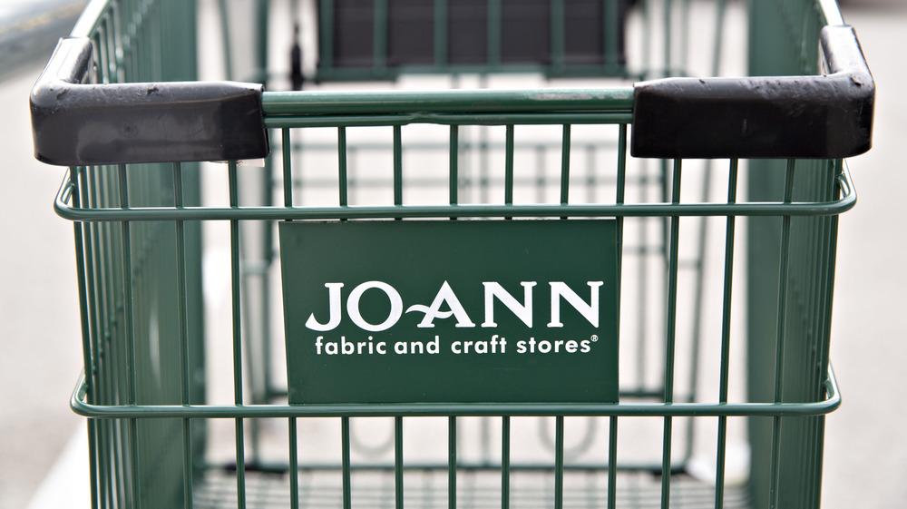 A Jo-Ann shopping cart