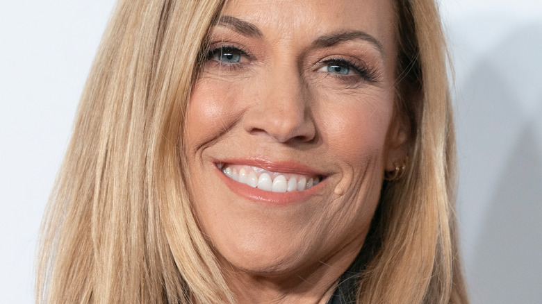 Sheryl Crow smiling at event