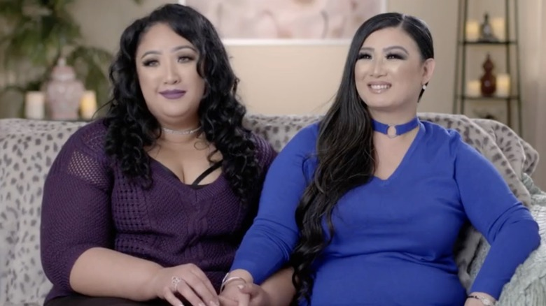 Angelica and Sunhe talking on sMothered
