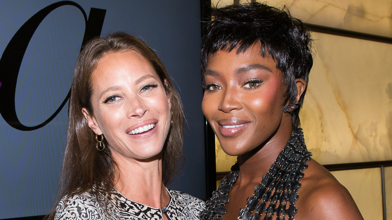 supermodels Christy Turlington and Naomi Campbell