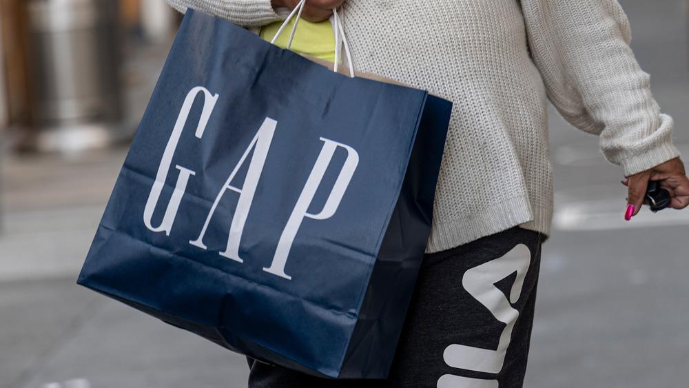 Gap shopping bag