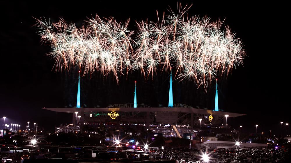 Super Bowl halftime fireworks