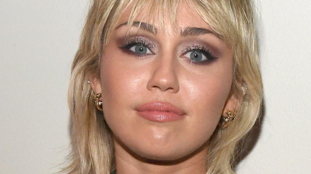 Miley Cyrus close-up