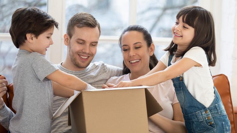 family opening box