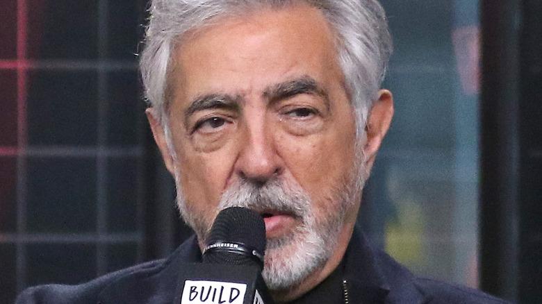 "Joe Mantegna interviewing about ""Criminal Minds"""