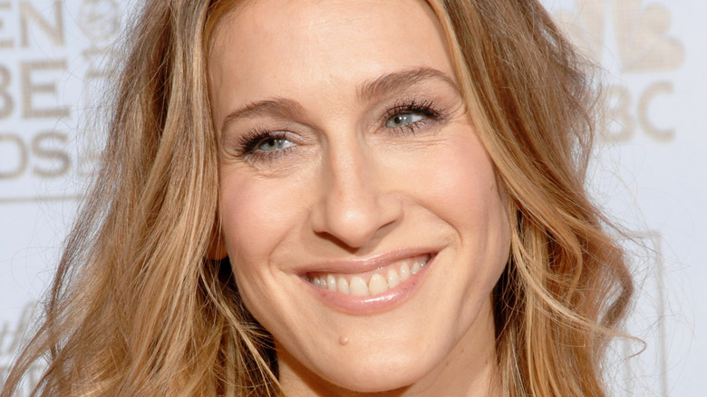 Sarah Jessica Parker smiles