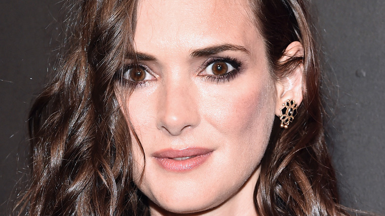 Winona Ryder posing for a picture in 2016