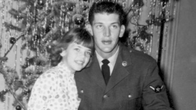 Elizabeth and John, Christmas 1958