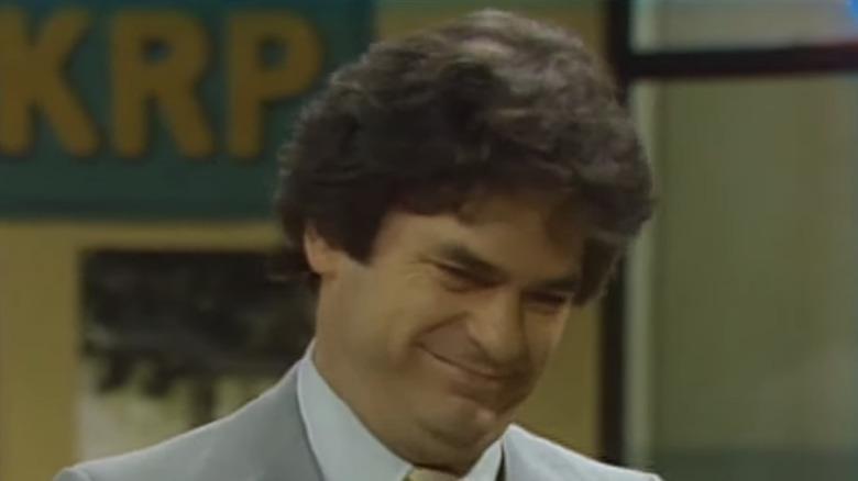 Frank Bonner wears a plaid suit as Herb Harlek.