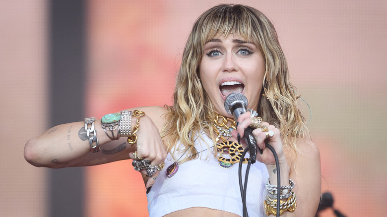 Miley Cyrus performing live
