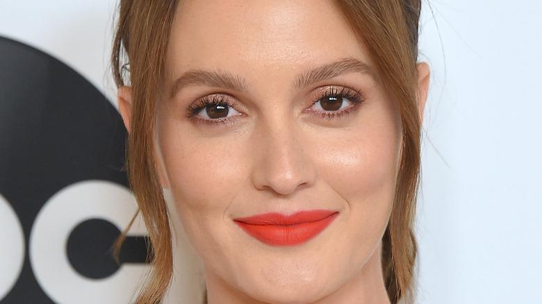 leighton meester red lipstick