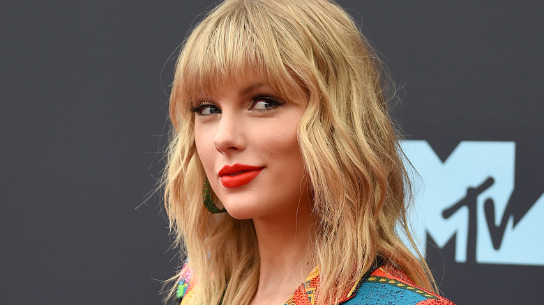 Taylor Swift, who had a dramatic celebrity transformation