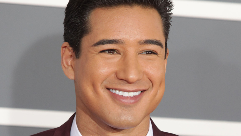Mario Lopez on the red carpet