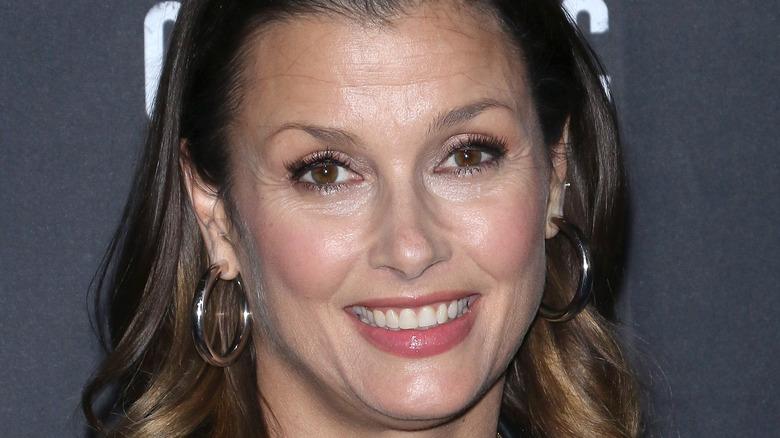 Bridget Moynahan smiling
