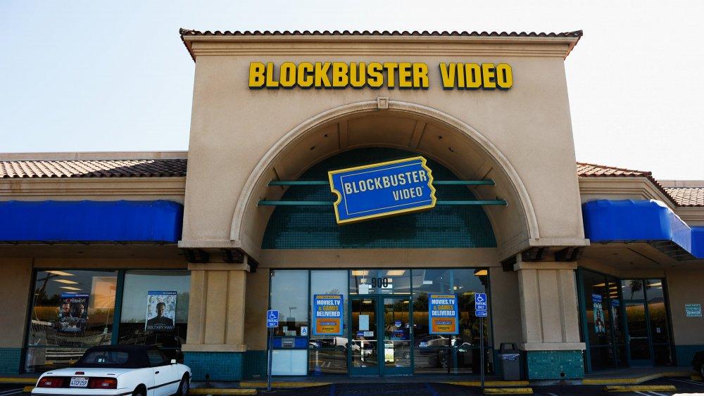 External shot, Blockbuster video store in California