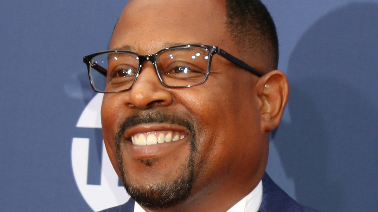 Martin Lawrence poses on the red carpet