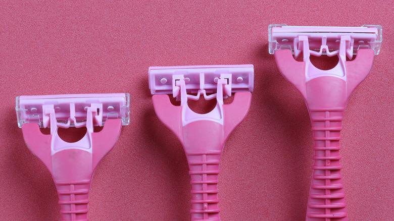 pink razors