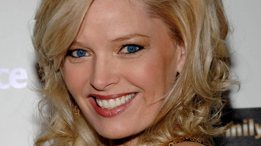 Singing Bee host Melissa Peterman smiling at event
