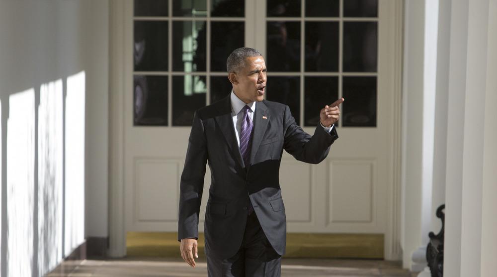 Barack Obama pointing and talking