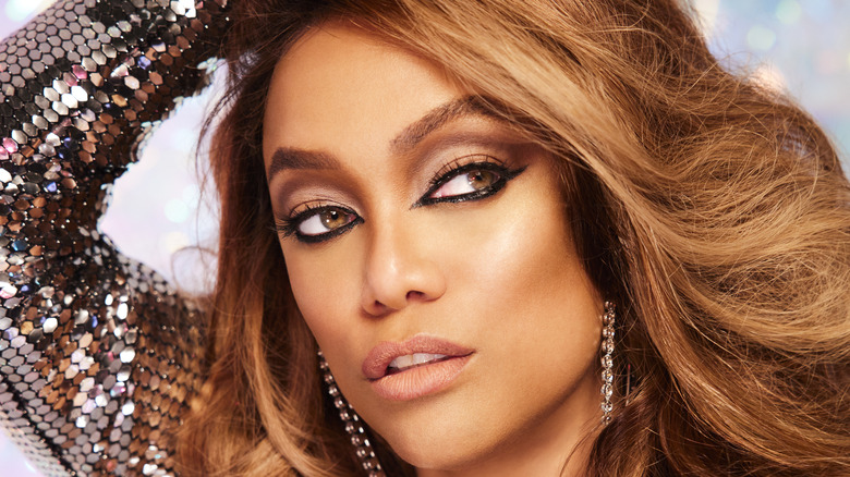 """Tyra Banks delivering a modelesque look in a promo photo for """"Dancing With The Stars"""""""