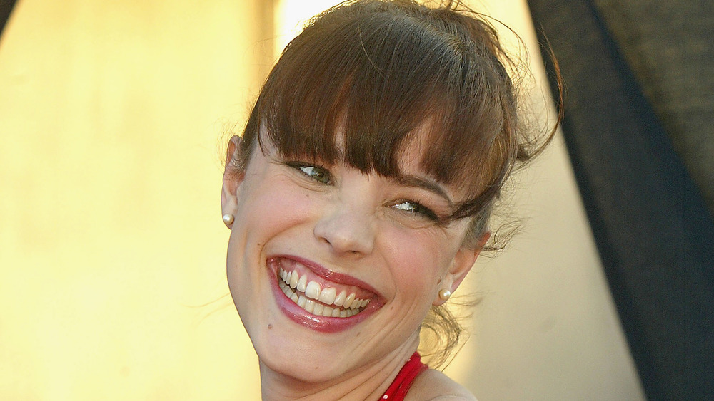 Rachel McAdams smiling widely in 2004