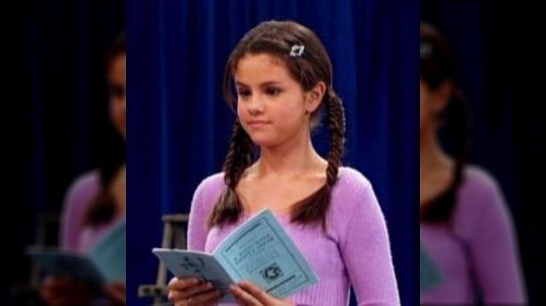a jovem Selena Gomez em Suite Life