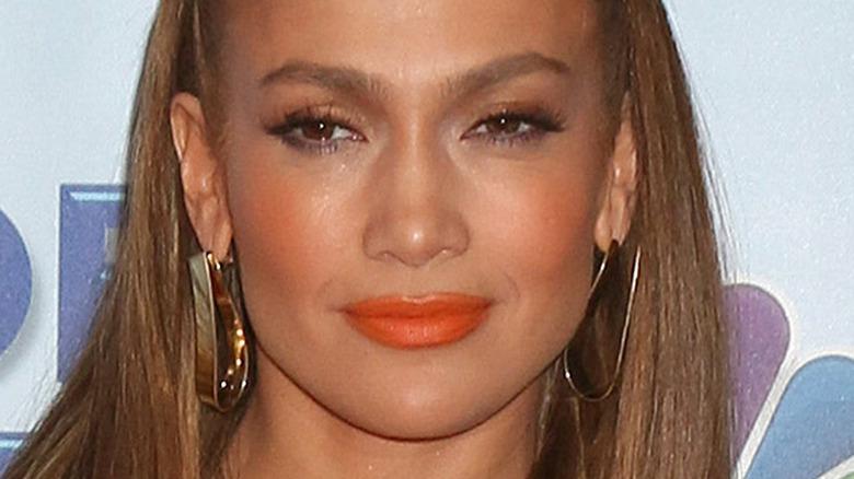 Jennifer Lopez in posing NBC event