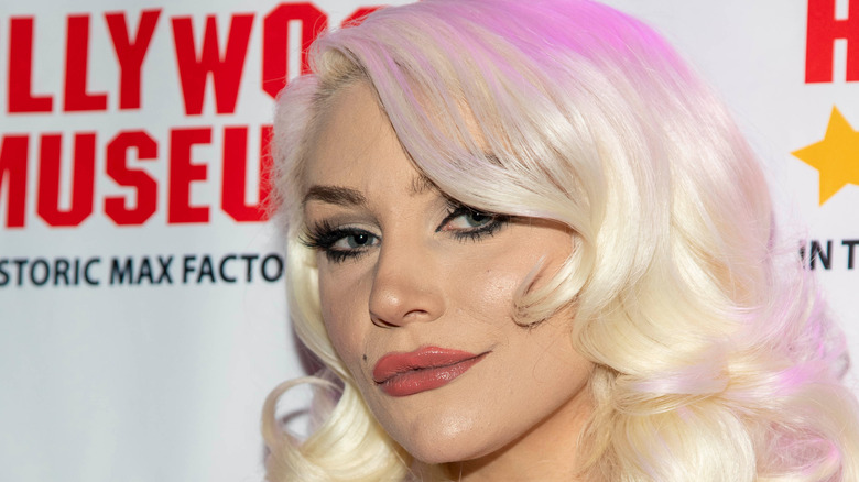 Courtney Stodden with pink hair