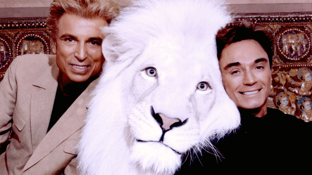 Siegfried and Roy posing