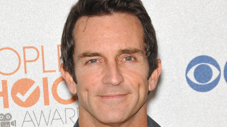 Jeff Probst posing at event