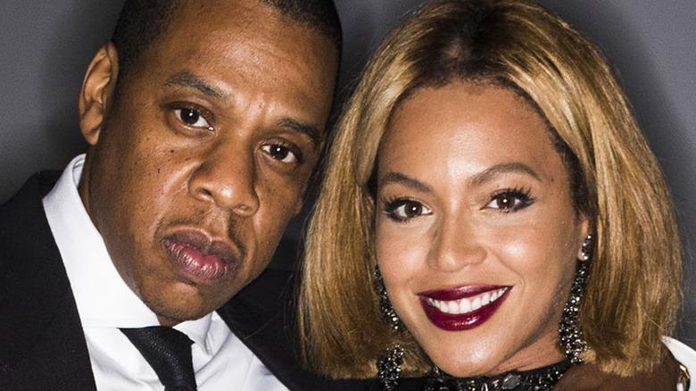Jay-Z and Beyoncé posing