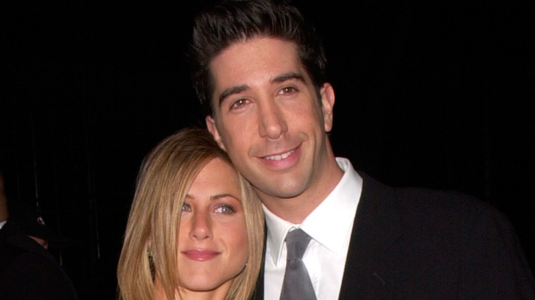 David Schwimmer and Jennifer Aniston on the red carpet