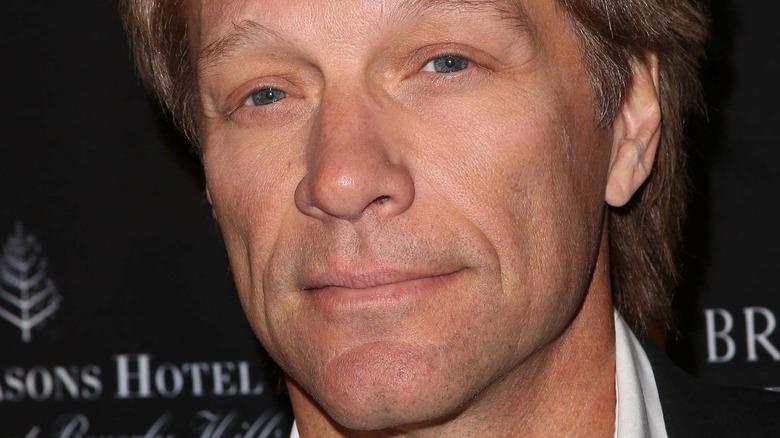 Jon Bon Jovi squinting