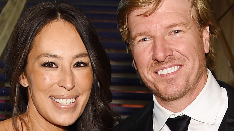Joanna and Chip Gaines smiling